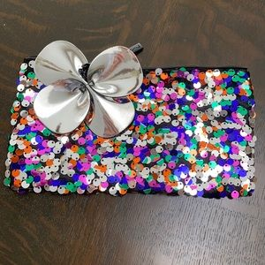 Brand new Mac holiday makeup bag